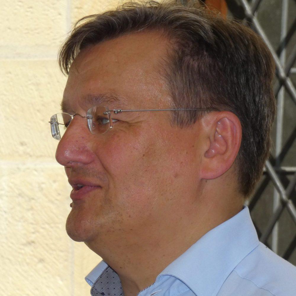 Dr. Ralf Hammecke